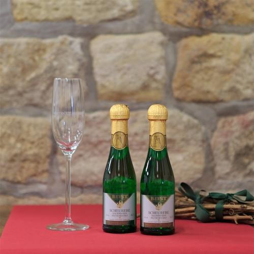 Weingut Kost Horrweiler Wein Scheurebe halbtrocken Piccolo S6_11